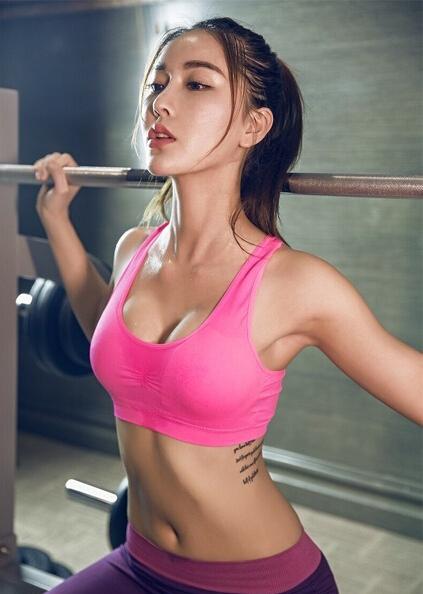 美女操屌_自从跟这个美女学健身以后,这身体是一天不如一天了