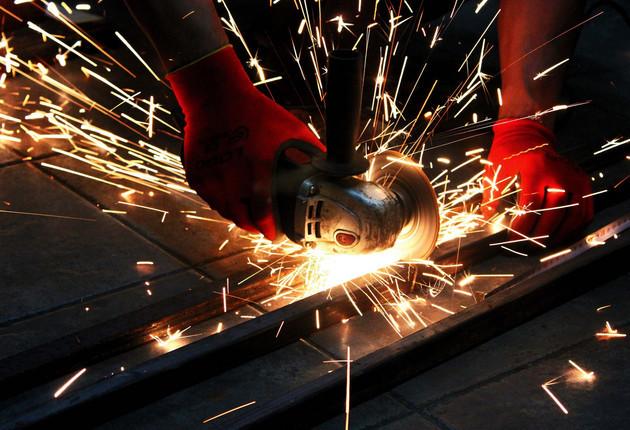 市场传言引发钢铁期货骤跌 生态环境部:不应该