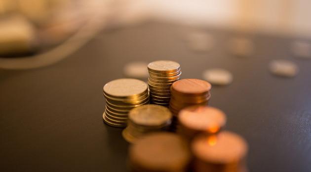 前11个月中邮尊享收益率暂居偏股基金首位