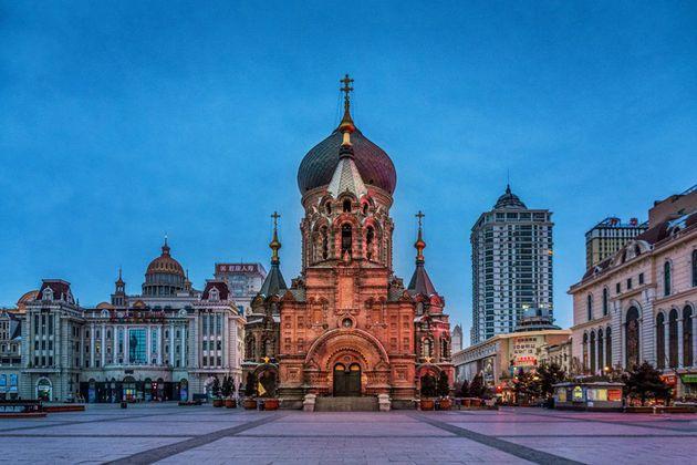 哈尔滨夜景 图片来源:摄图网