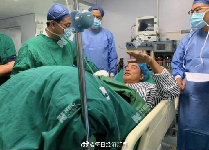 人人娱乐CEO廖宝军回应每经记者:任达华在病床接受警察询问口供