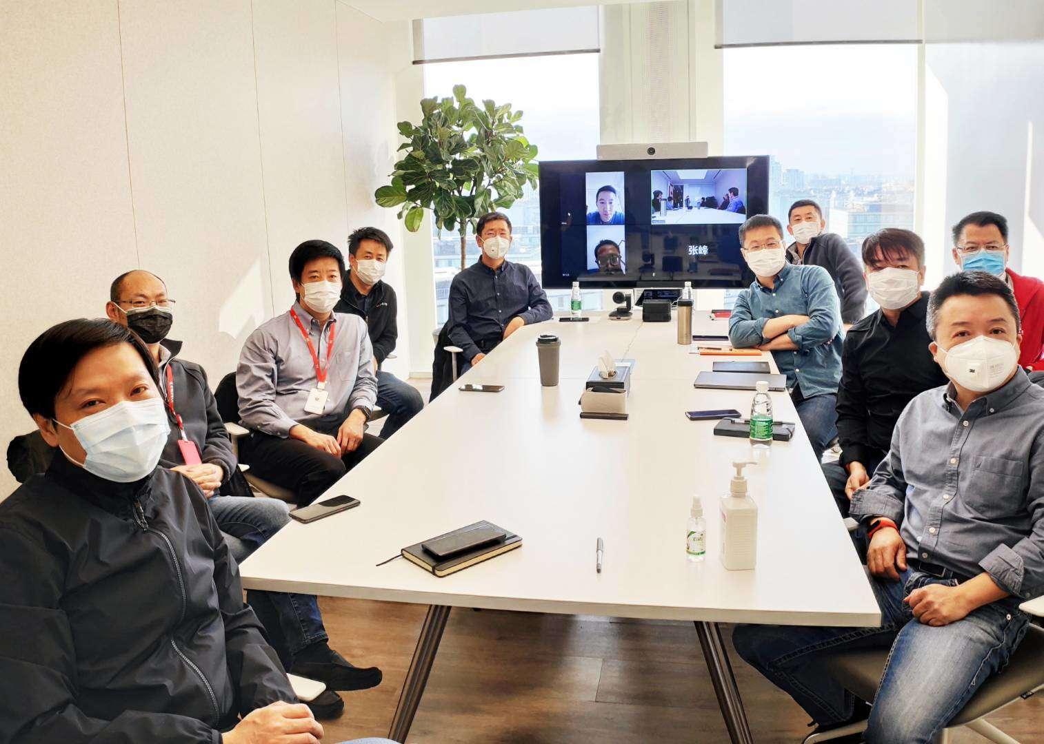 互联网公司复工第一天:小米召集高管开会,百度内部信鼓劲