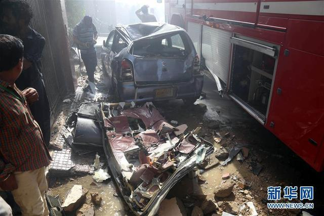 已发现2名幸存者!巴基斯坦坠毁客机上共载有107名乘客,现场已