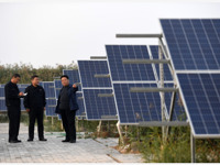 光伏扶贫惠及415万贫困户,成中国首创的精准扶贫样本方案,每年可产生发电收益约180亿