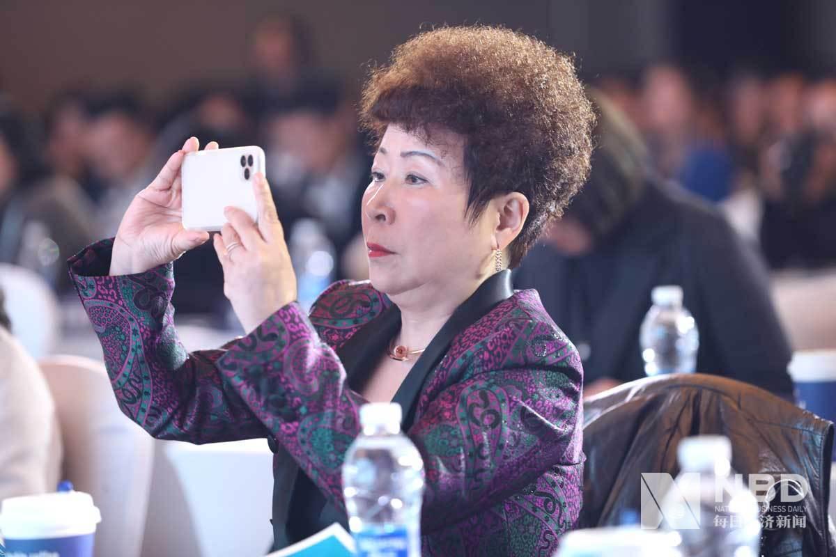 """""""2019中国消费创新与服务业发展论坛""""现场嘉宾"""