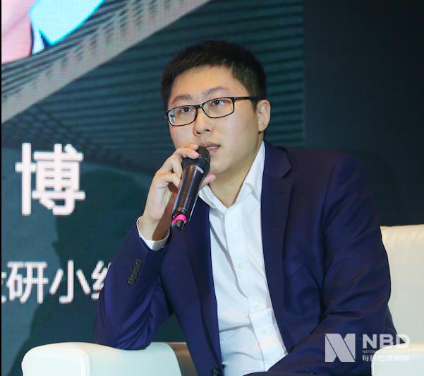 """南方基金科创投研小组负责人王博在圆桌论坛环节发言称:""""科创板上市企业在中国资本市场上都十分优秀,收入、利润率、研发费用等都处于较高水平。""""他提到,科创板以成长性企业居多,适合成长股的投资方式。"""